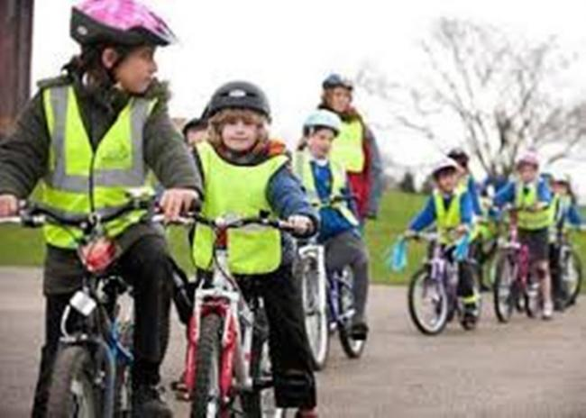 Bike to Sc it involved creative thinking at Berrymede Junior Schoolhool Week: