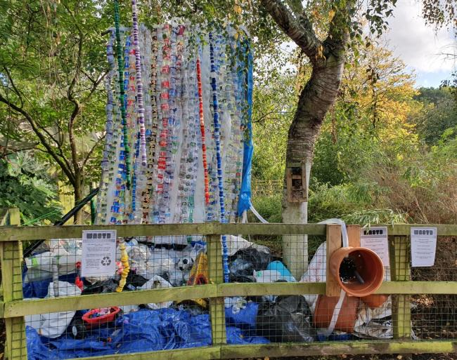 Made from litter: Hanwell Zoo's Message In A Bottle