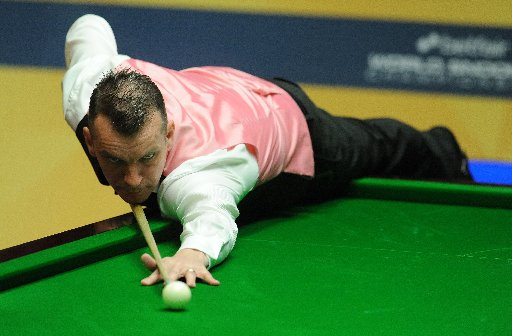 Davis maintains Home Nations form with deciding-frame victory