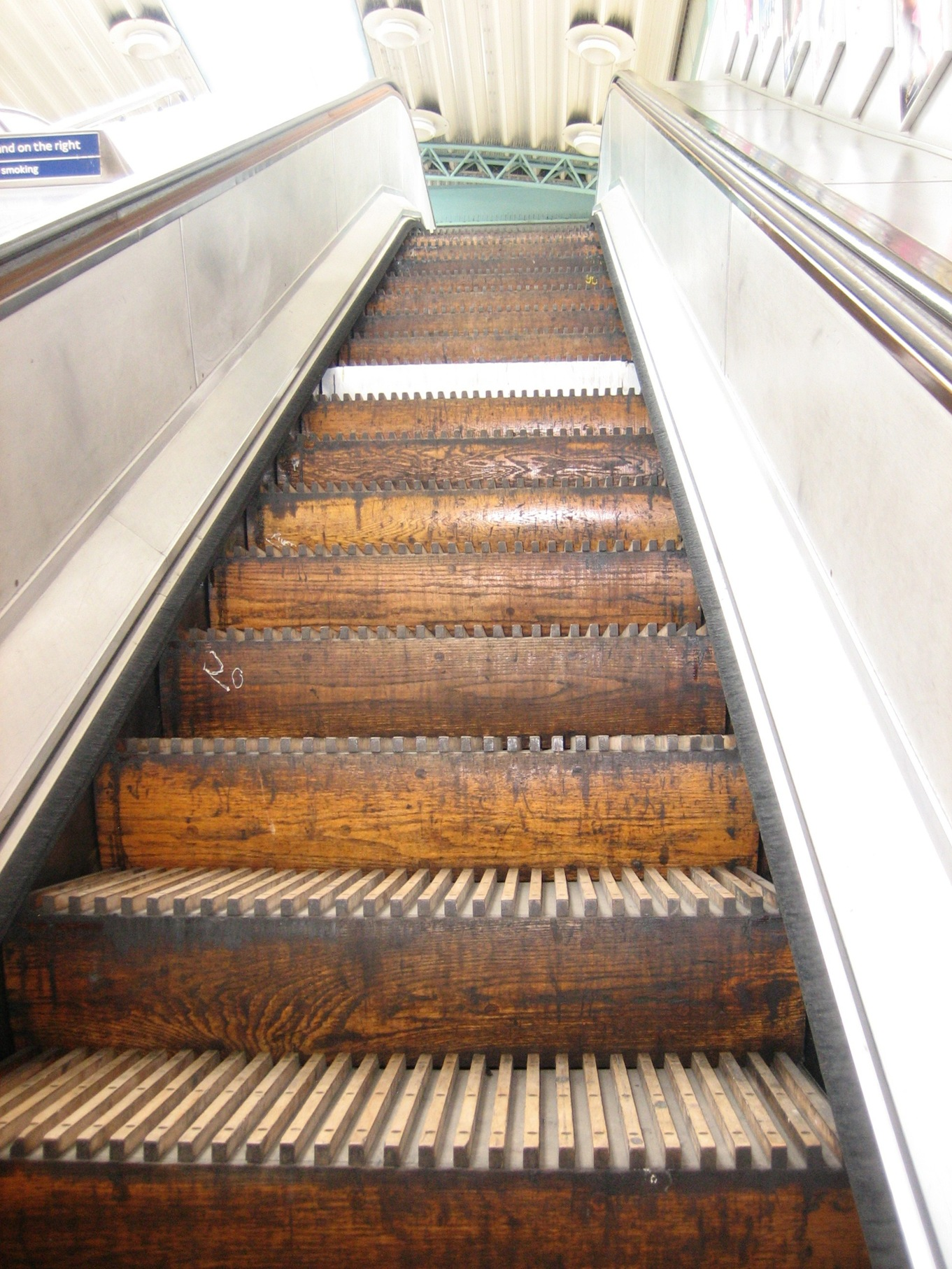 Goodbye to the last remaining wooden escalator