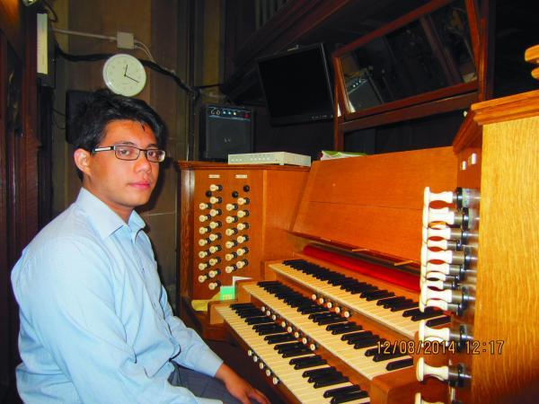 Damon Ying will perform Bach's Fugue in G Minor