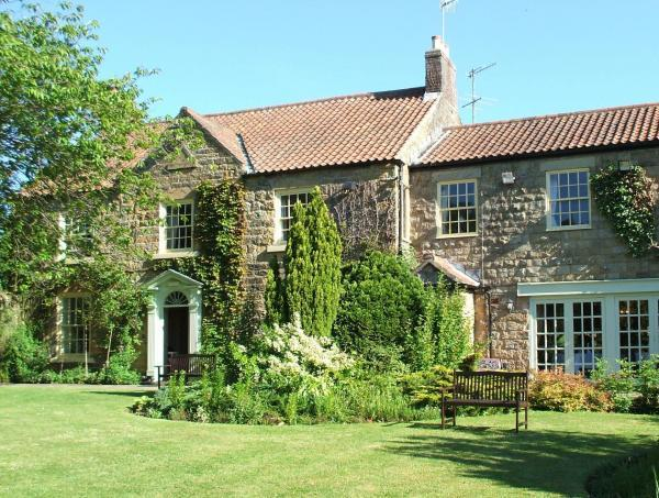 Ox Pasture Hall: a five-minute drive from Scarborough