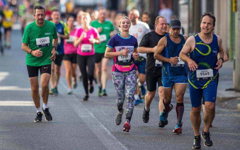 Jog on! Runners get the #EalingFeeling © Geopictorial