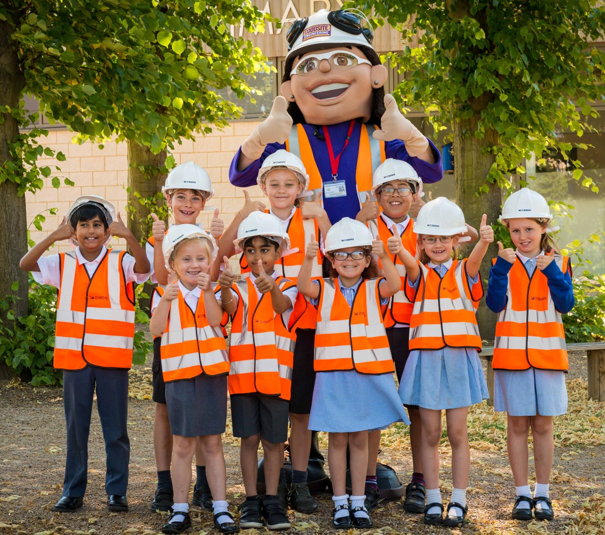 Site safety: children with mascot Honor Goodsite